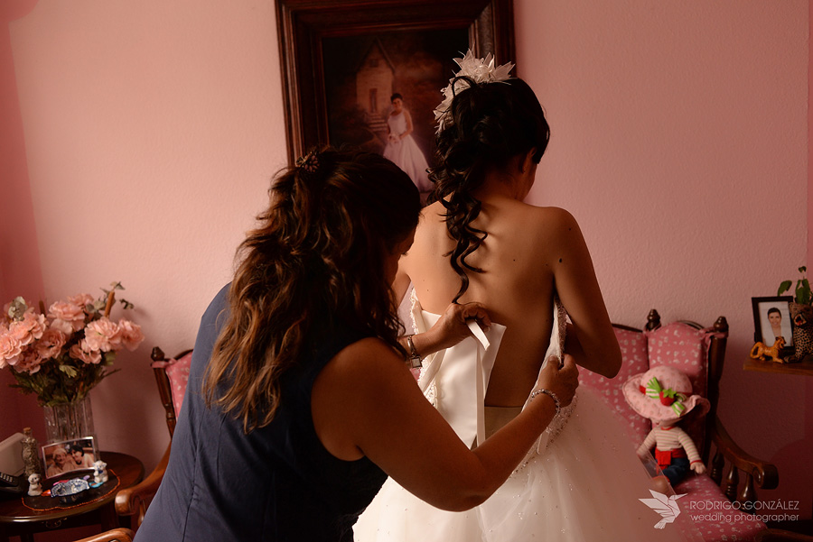 getting_ready_bride_007